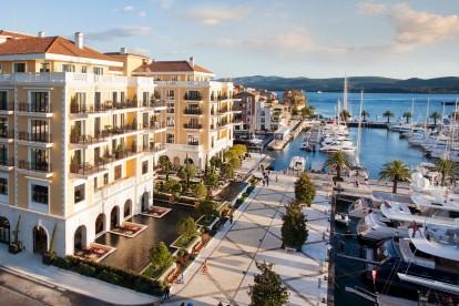 Tourist Wedding at Hotel Regent, Porto Montenegro