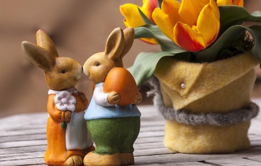 Easter-bunny-tourist wedding - wedding tourism